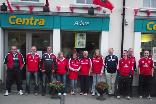 Centra staff in Adare in Co. Limerick get behind Munster