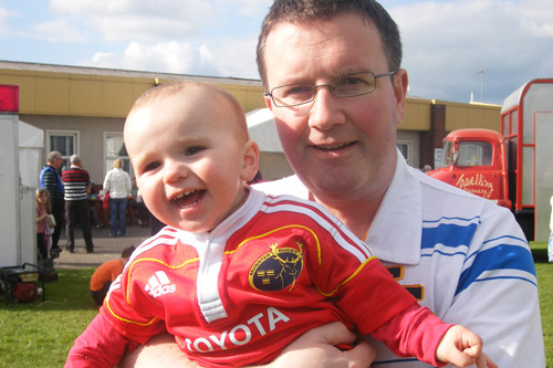 Rua Flynn with his Uncle Pat O'Connor from Ballylanders in Co. Limerick