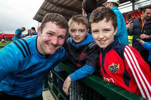 Donnacha Ryan meets fans at the Open Training Session.