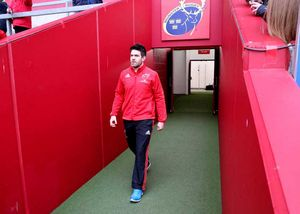 Captain Billy Holland arrives at Thomond Park.