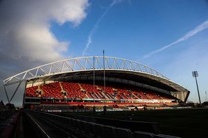 Addtional seating added to Thomond Park for a record Guinness PRO12 attendance of 26200