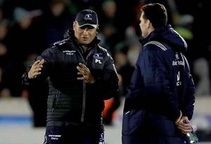 Pat Lam and Rassie Erasmus before kick off at the Sportsground