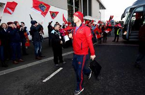 Tyler Bleyendaal arrives at the ground with travelling Munster fans out in force to welcome their team.