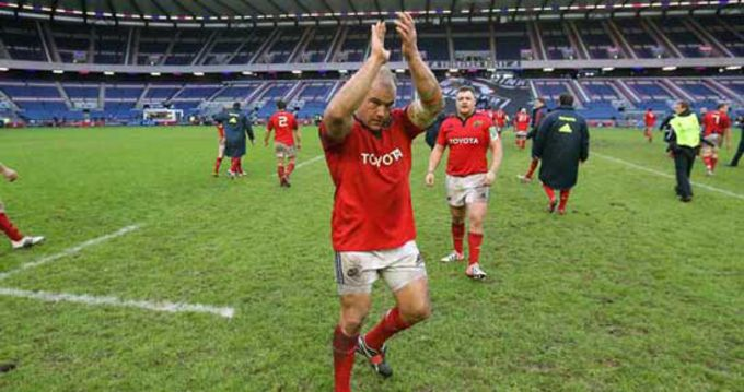 BJ Botha applaudes the travelling support at Murrayfield