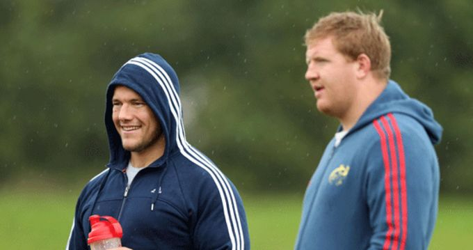 BJ Botha pictured with Stephen Archer at the University of Limerick during yesterday's squad training session