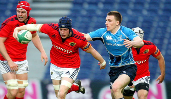 Munster's Barry O'Mahony on the charge