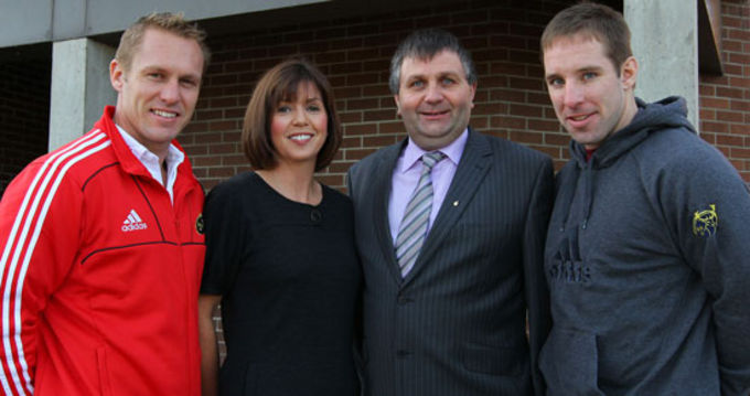 TLC4CF Representatives Caitriona Hayes and Liam O'Kelly with Munster players Paul Warwick and Tomas O'Leary