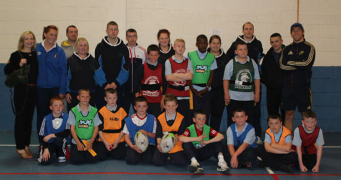 Fifth and sixth class students of Scoil Iosgain pictured at the recent tag blitz