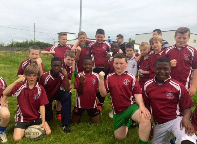 Pupils from Scoil Isiogain pictured at Presentation RFC