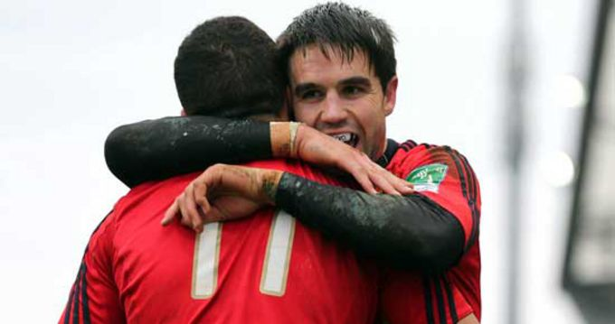 Conor Murray celebrates with Simon Zebo
