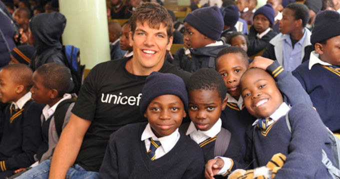 Donncha O'Callaghan with students at the Central Methodist School, Johannesbourg