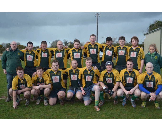 Fermoy XV pictured with Clare Rigney, Head Coach