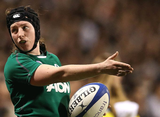 Hooker Gillian Bourke in 6 Nations action 2014