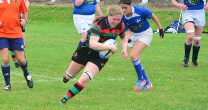 Heather O'Brien in AIL action with Highfield RFC