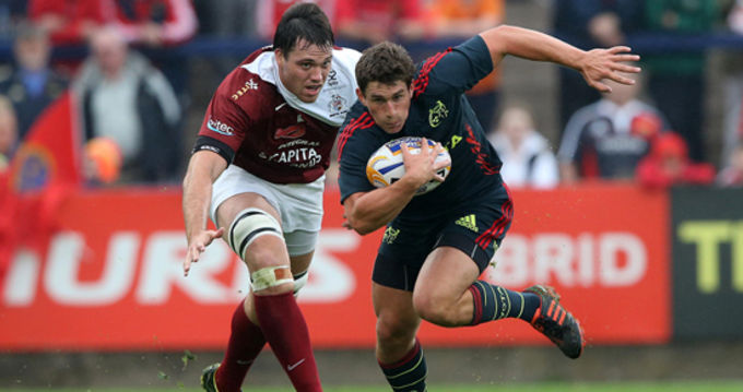 Ian Keatley makes a break against Bristol in Musgrave Park