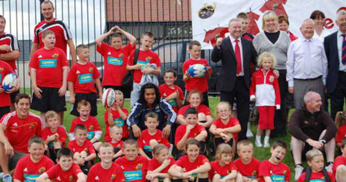 Tom Gleeson and Lifeimi Mafi join the kids at the Knocknaheeny camp