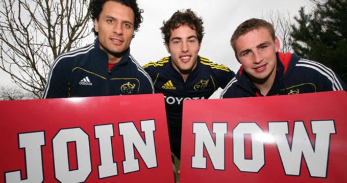 Doug Howlett, Tom Gleeson and Tommy O'Donnell supporting the call to join the Munster Rugby Supporters Club