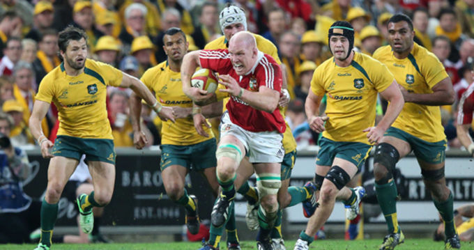 Paul O'Connell in action against the Qantas Wallabies