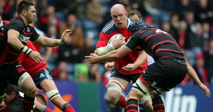 Paul O'Connell takes on the Edinburgh defence