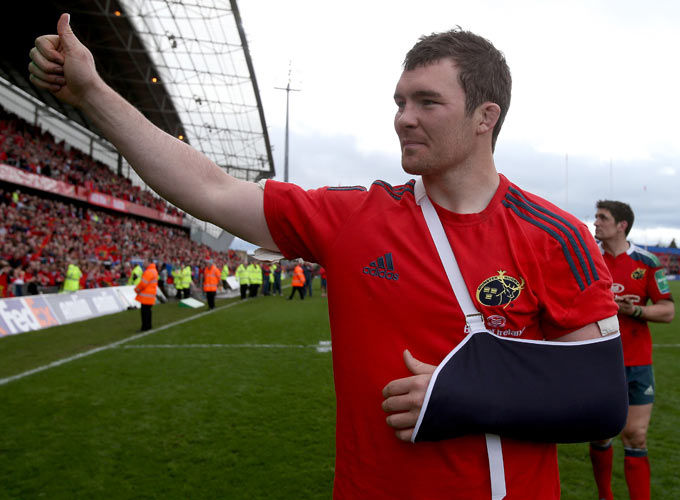 Peter O'Mahony salutes the supporters after the game on Saturday