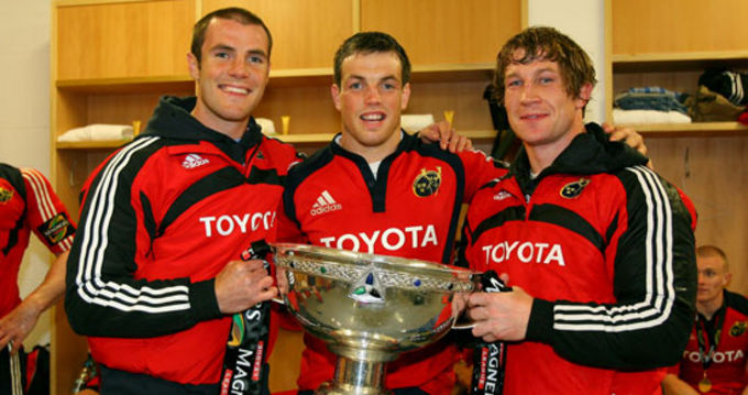 Ian Dowling celebrating the 2009 Magners League title with Barry Murphy and Jerry Flannery