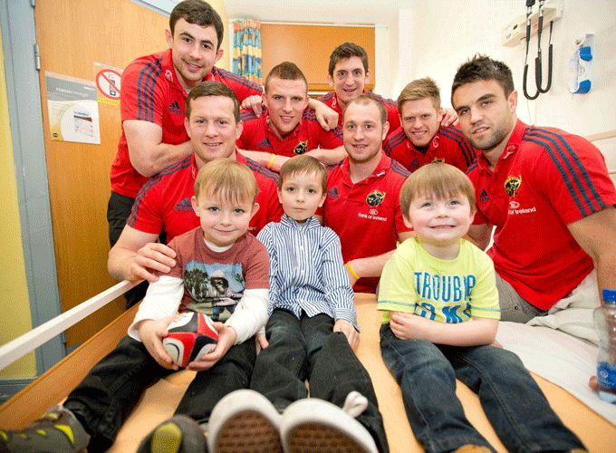 Munster players meet Nathan Ahern, Graham Ahern and Evan O'Loughlin