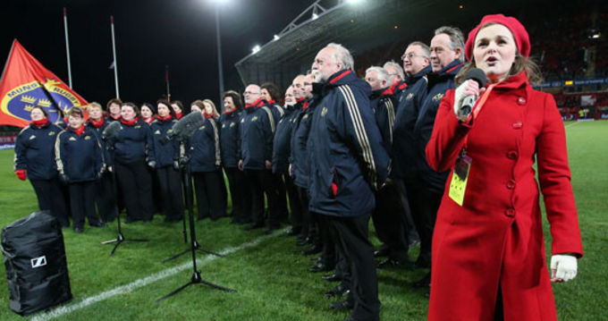 Jean Wallace and the MRSC Choir before Munster v Ospreys