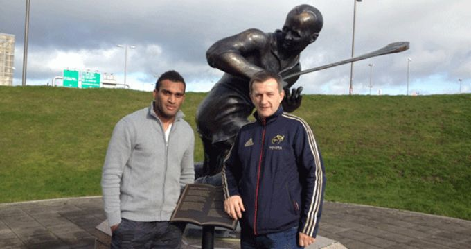 Munster CEO Garrett Fitzgerald pictured with Savenaca Tokula at Cork Airport yesterday.