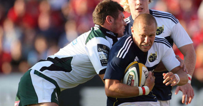 Paul Warwick in action against London Irish